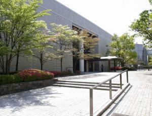 刈谷市美術館 外観
