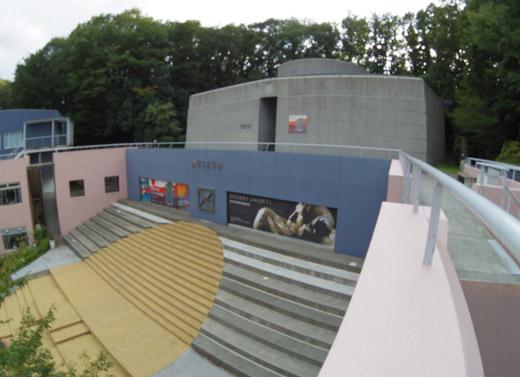 マンズー美術館
